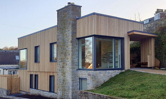 Lo-cost, lo-carbon house Newport-on-Tay